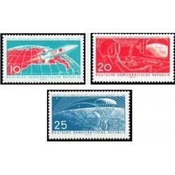 3 عدد تمبر سفرهای فضائی با سرنشین - جمهوری دموکراتیک آلمان 1961