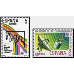 2 عدد تمبر روز جهانی ارتباطات - اسپانیا 1979