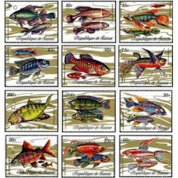 12 عدد تمبر ماهیها - جمهوری گینه 1971