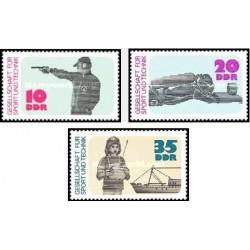 3 عدد تمبر ورزش و تکنیک - جمهوری دموکراتیک آلمان 1977