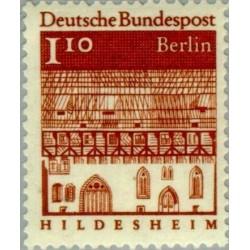 1 عدد تمبر سری پستی - بناهای قرن دوازدهم -  1.1 مارک  - برلین آلمان 1966
