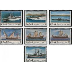 6 عدد تمبر کشتیهای قدیمی و جدید نیروی دریائی یونان - یونان 1978