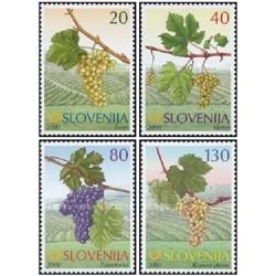 4 عدد تمبر گونه های انگور - اسلوونی 2000