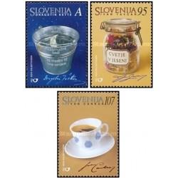 3 عدد تمبر اسوونیای والا  - اسلوونی 2001