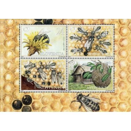 مینی شیت جانداران - زنبورها - اسلوونی 2001 ارزش روی تمبر 1.8 دلار