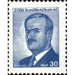 1 عدد  تمبر سری پستی - یادبود رئیس جمهور حافظ اسد - 30 - سوریه 1986