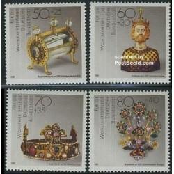 4 عدد تمبر رفاه اجتماعی - اشیاء هنری - آلمان 1988