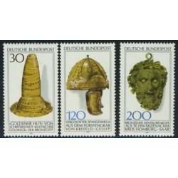 3 عدد تمبر باستان شناسی - آلمان 1977