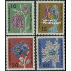 4 عدد تمبر گلها و تمبرشناسی - آلمان 1963