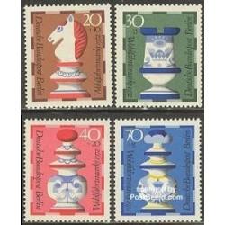 4 عدد تمبر رفاه اجتماعی - شطرنج - برلین آلمان 1972