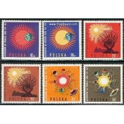 6 عدد تمبر سال آرامش خورشیدی - لهستان 1965