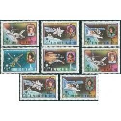 8 عدد تمبر پانصدمین سالگرد تولد نیکولاس کوپرنیک - مالدیو 1974